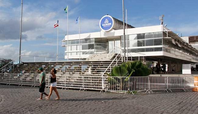 Prefeitura de Salvador-BA abre concurso com 884 vagas temporárias na educação