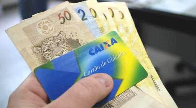 Trabalhadores já podem sacar abono do PIS/Pasep de 2018/2019