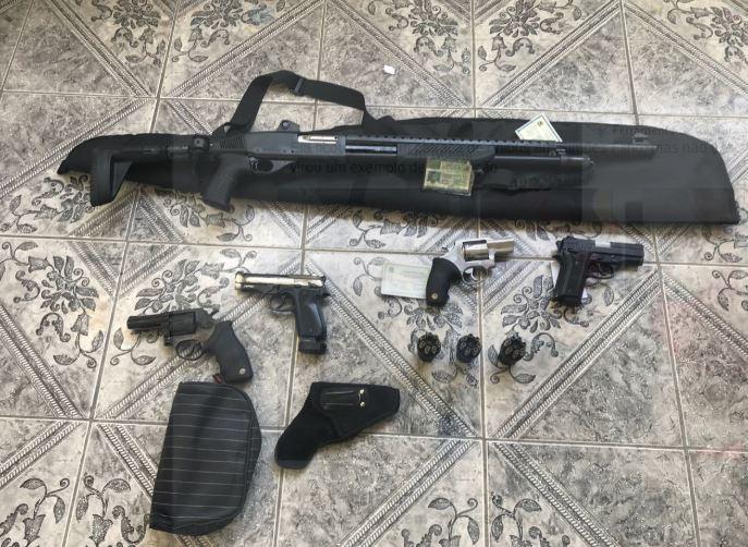 COE surpreende soldado PM que vendia armas irregularmente