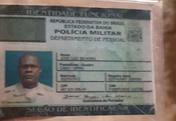 PM morto a tiros dentro de carro no Subúrbio de Salvador