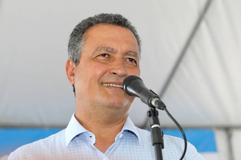 Rui Costa vem a Simões Filho inaugurar Posto do SAC e anunciar obra de abastecimento