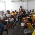 Estudantes de escolas de Simões Filho assiste filmes em comemoração ao Dia do Cinema