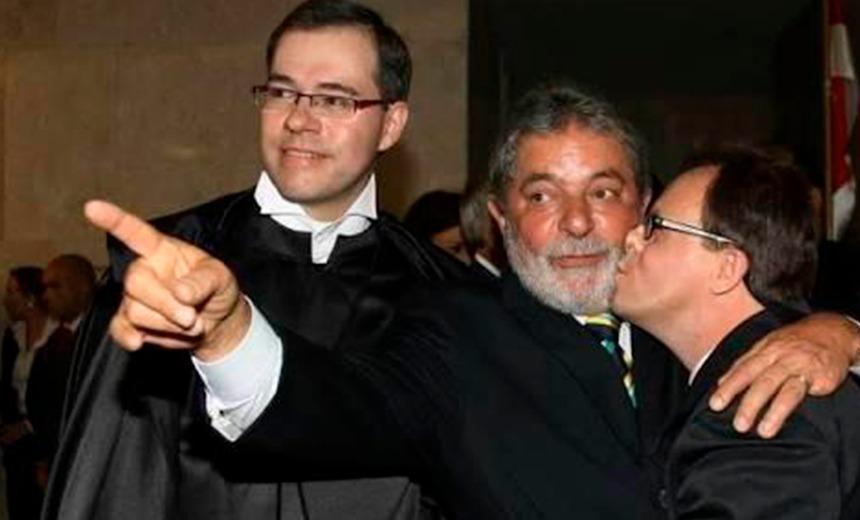 Foto de desembargador beijando Lula no rosto: fake news ou verdade?