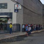fila no SAC SineBahia Simões Filho