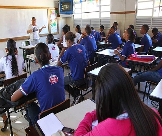 Decreto que proíbe aulas na Bahia é prorrogado até dezembro