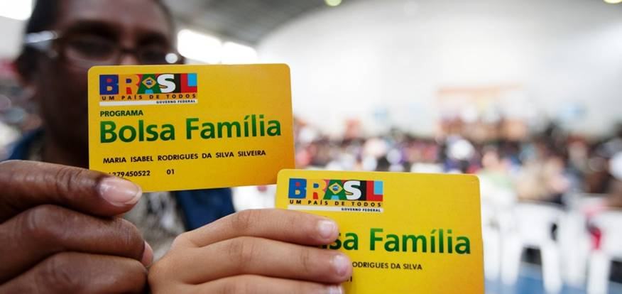 Bolsa Família tem novo calendário divulgado e 13º garantido