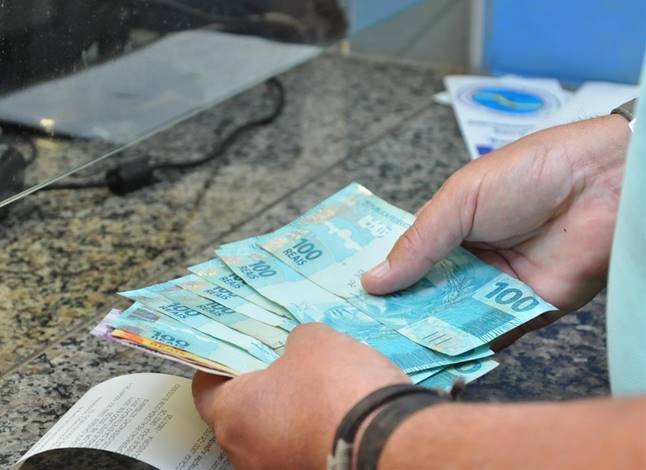 Confira o 13º salário dos aposentados do INSS e o calendário completo