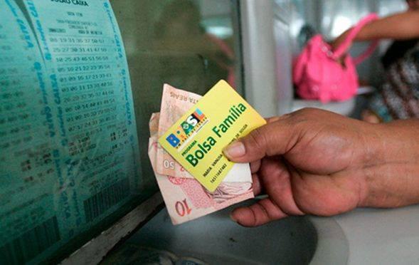 Pagamento do Bolsa Família 2019 pode ser interrompido; saiba mais