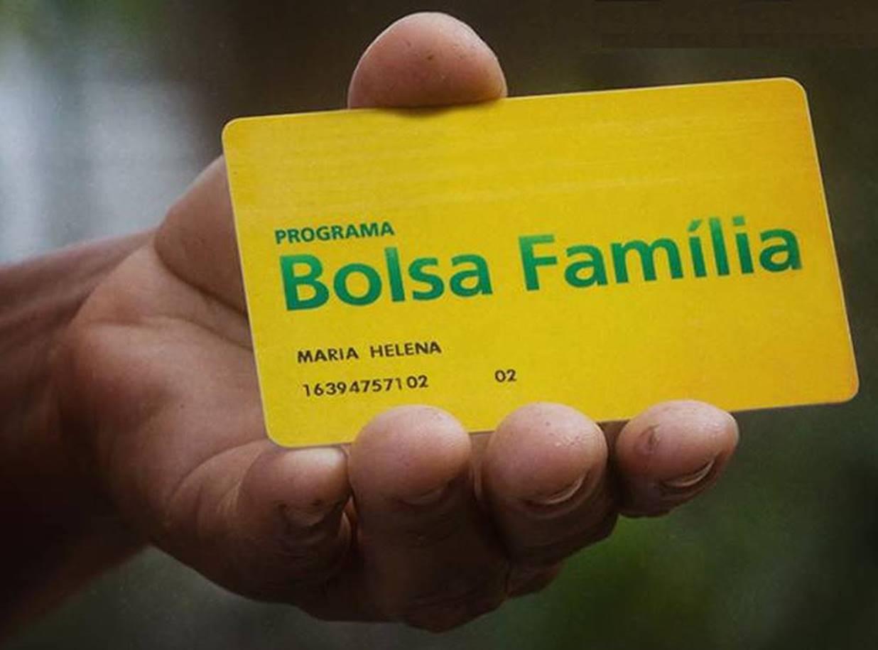 Dinheiro do 13º do Bolsa Família vai ser dividido em três grupos pelo governo de PE