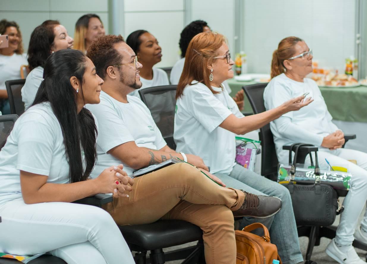 Estão abertas as inscrições para cursos de cuidadores de idosos em Salvador