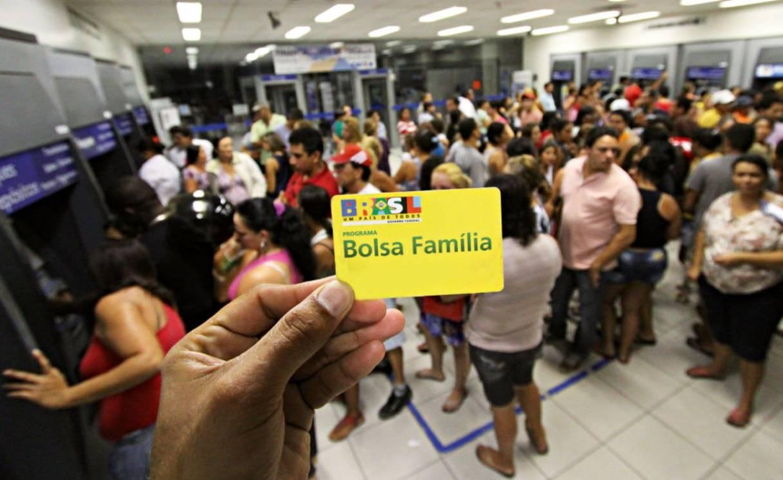 Novo saque do Bolsa Família pode ser feito a partir de sexta; valores variam de R$ 41 a 372,00