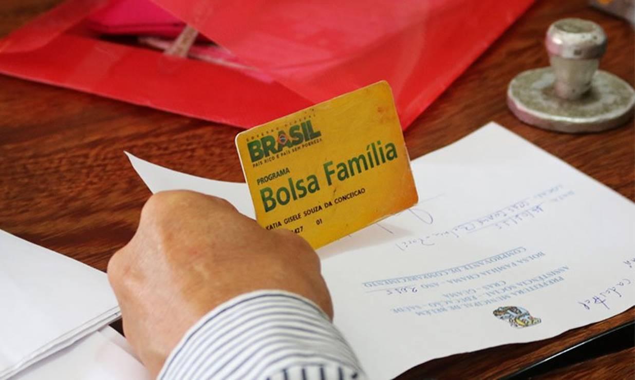 Sancionado o crédito extra para pagamento do Bolsa Família e do BPC