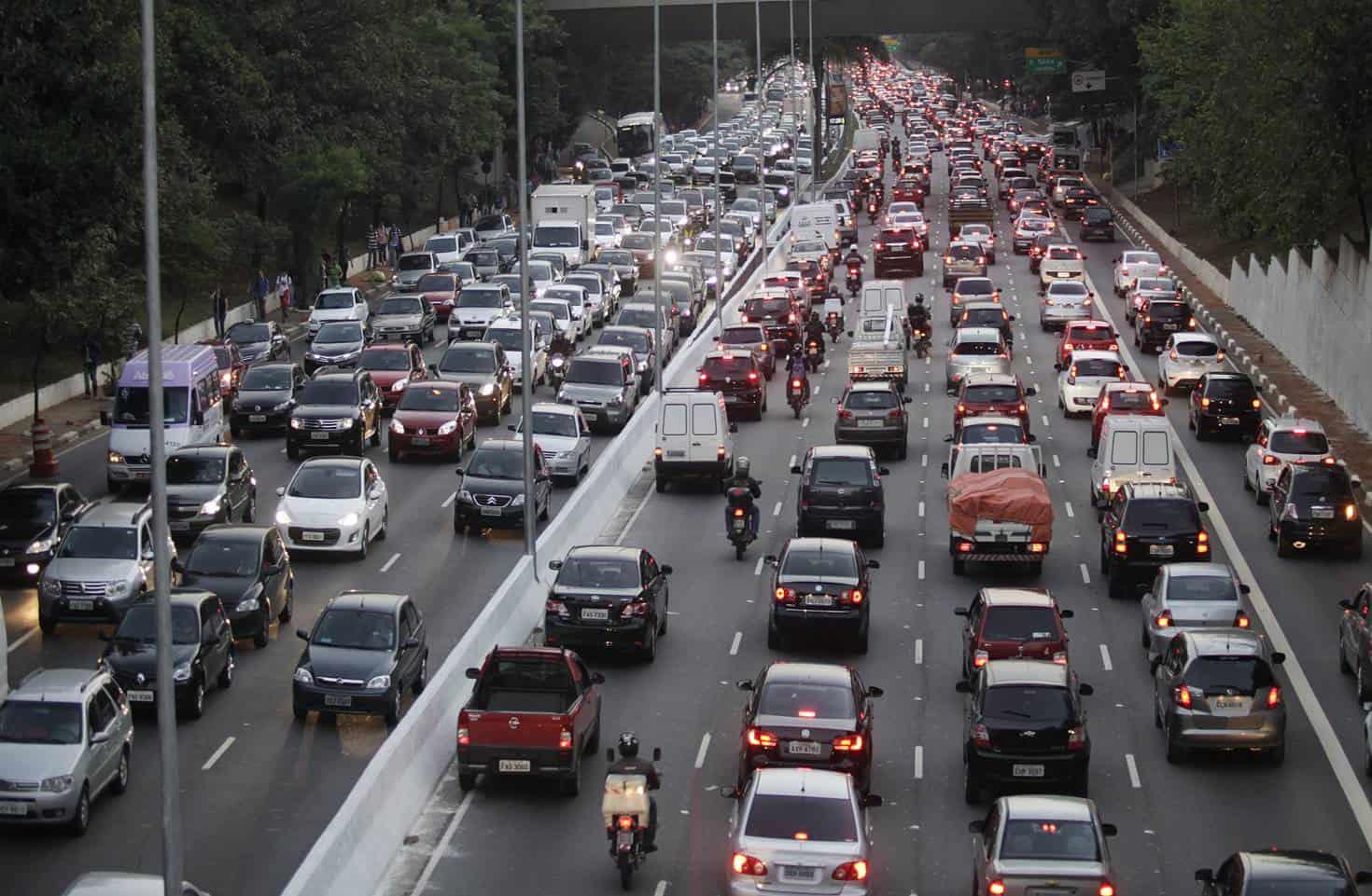 Principais alterações que Bolsonaro vai fazer no Código de Trânsito e CNH