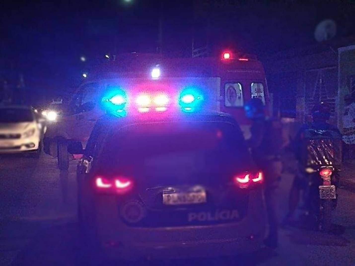 Jovem de 25 anos é baleado após briga no Centro do Simões Filho