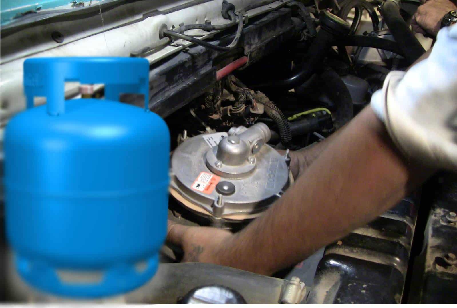 Novo Projeto aprovado autoriza uso de gás de cozinha como combustível de carro