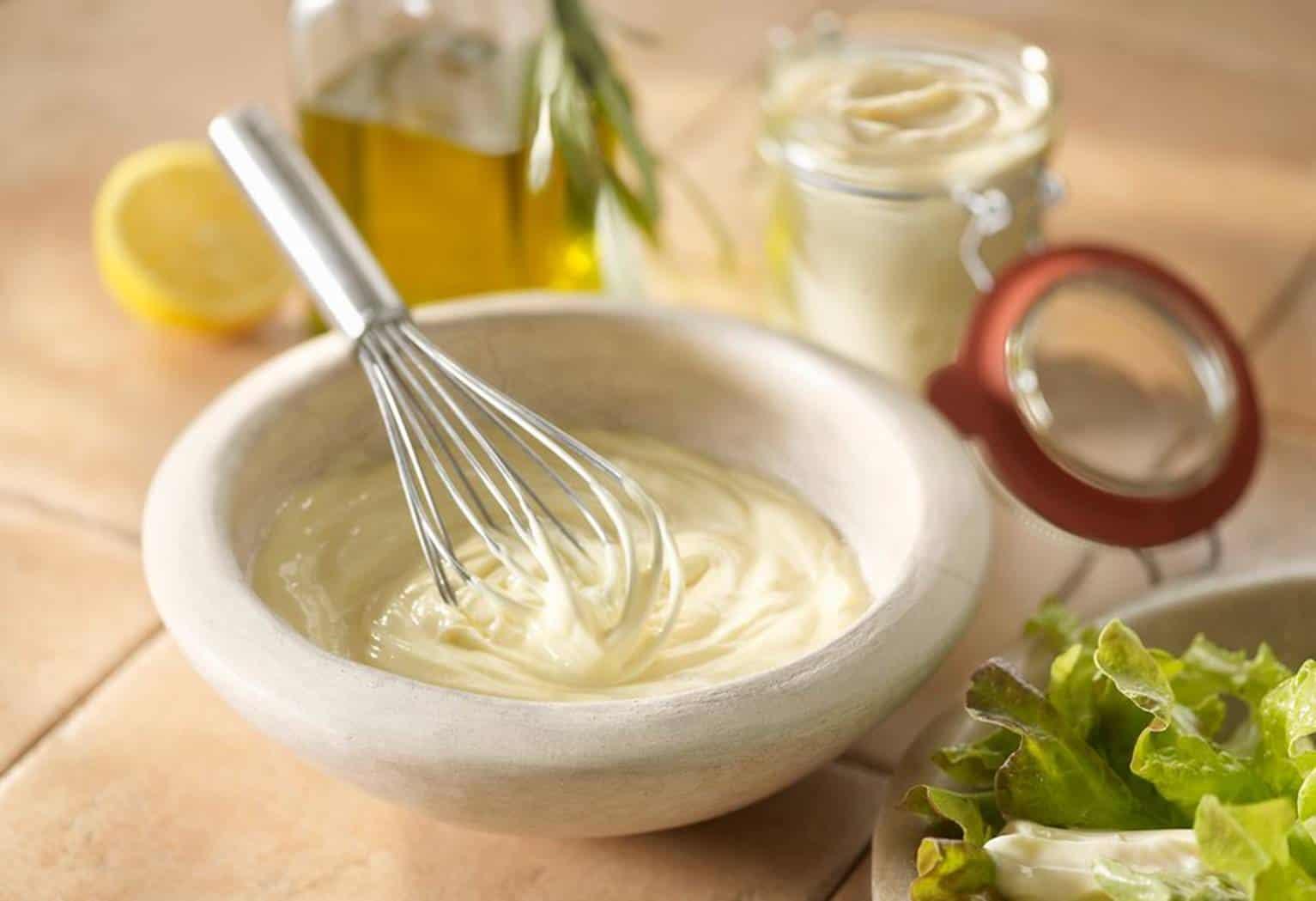 Fácil de fazer! Aprenda uma receita de maionese totalmente saudável