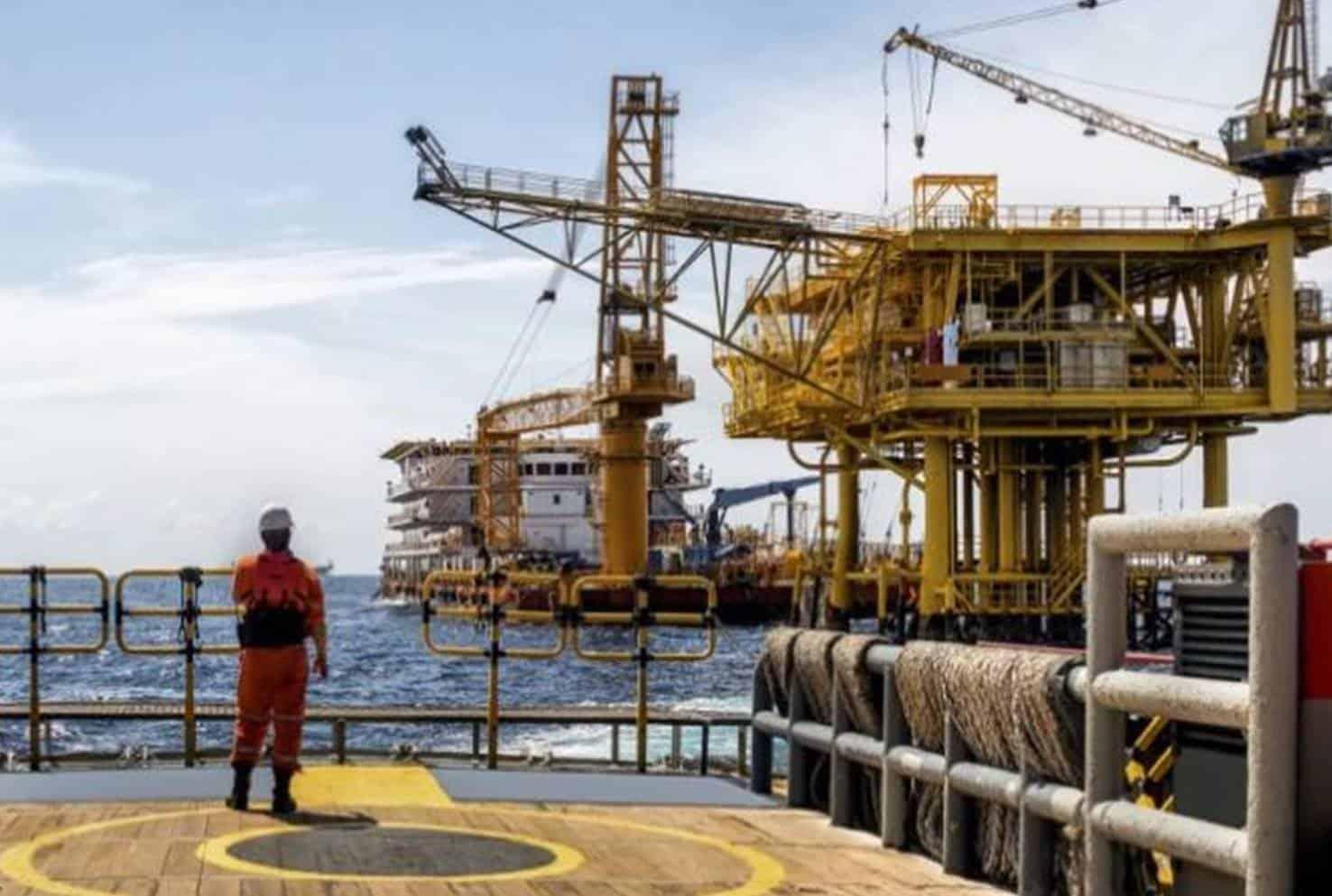 Como Trabalhar embarcado em Plataformas de Petróleo e Gás
