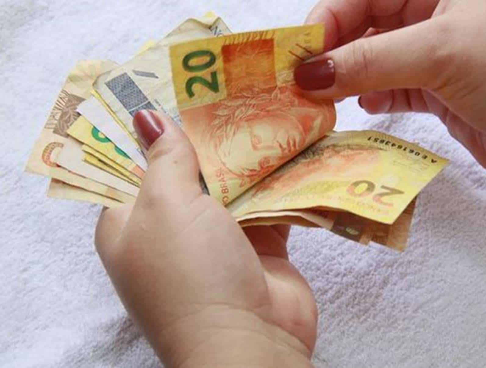 Qual o valor do salário mínimo de fevereiro de 2020?