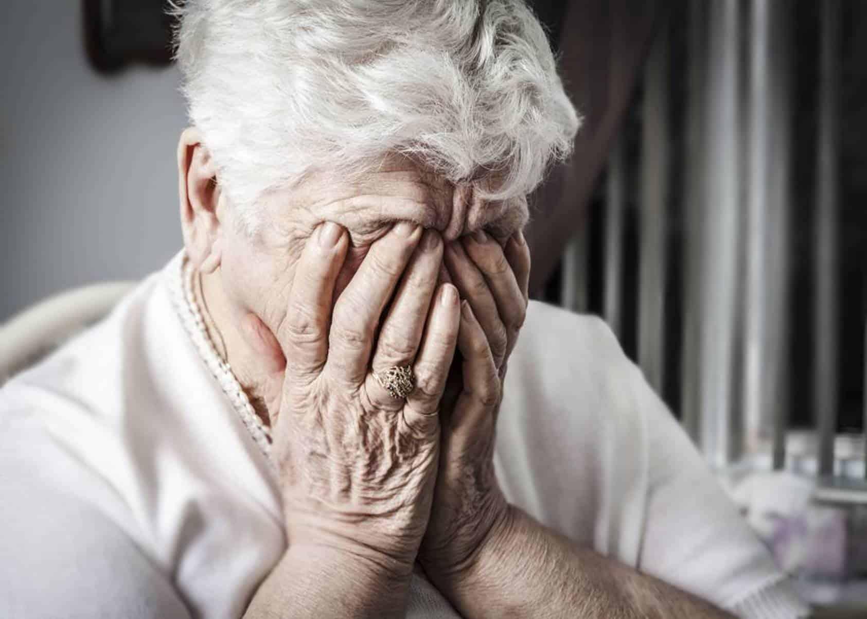 Novo golpe oferece Cartão novo de vida aos aposentados e pensionistas do INSS