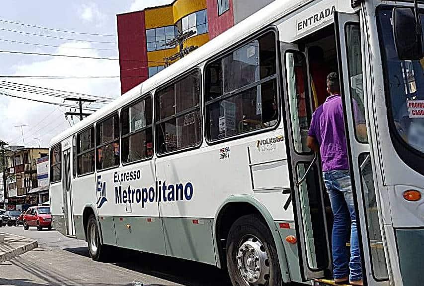 Governo do Estado determina higienização especial de ônibus