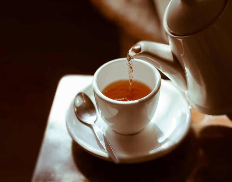 Aprenda a fazer os 4 melhores chás para emagrecer rápido e perder barriga