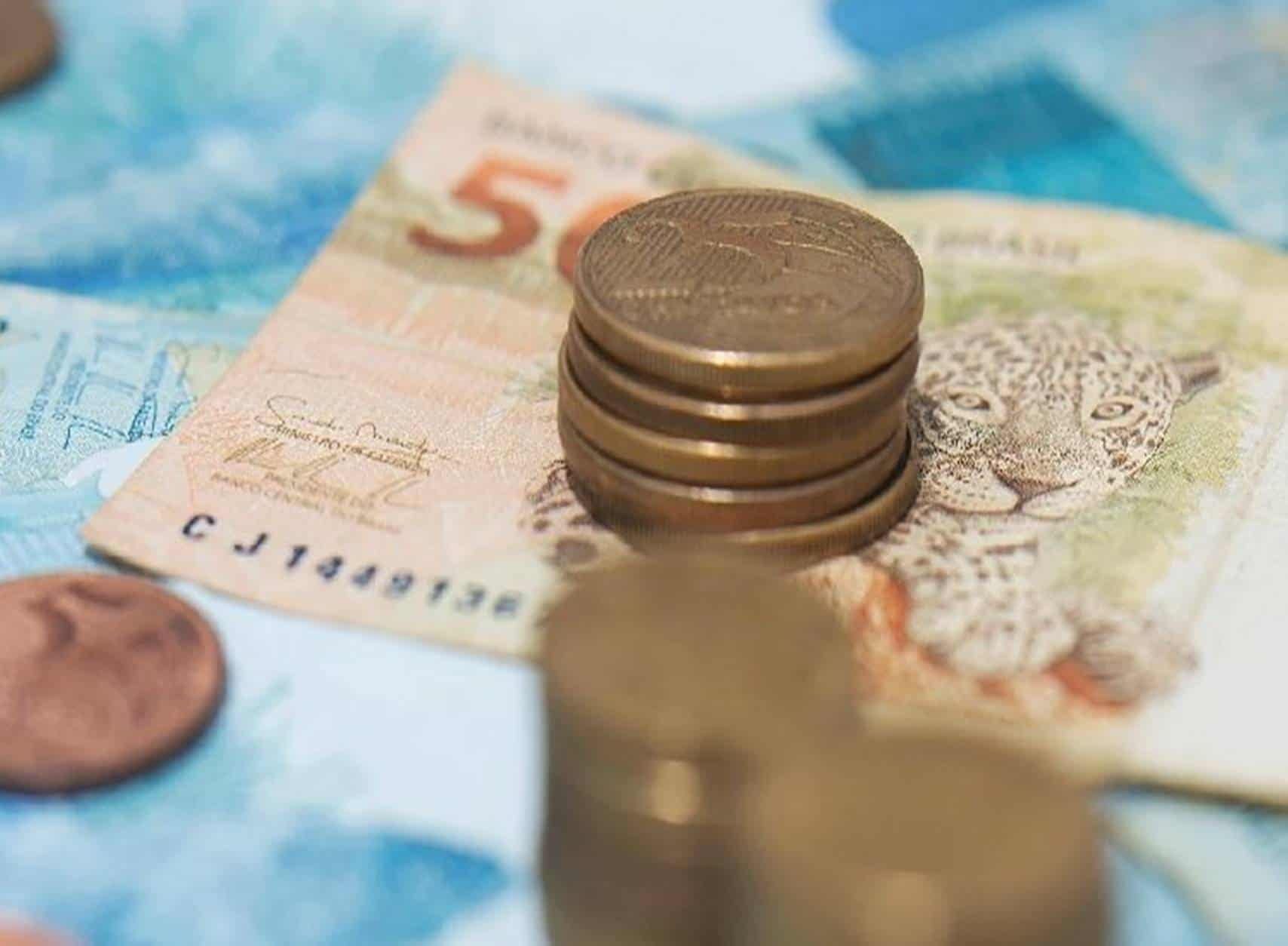 Saiba o que é preciso fazer para receber até R$ 1.200 que será pago a quem não tem carteira assinada