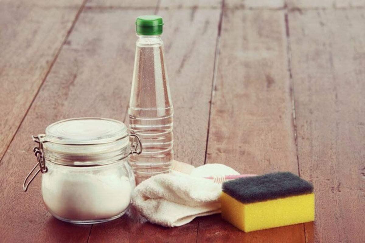 10 dicas poderosas de como utilizar o vinagre na limpeza da casa