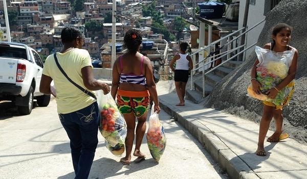 CadÚnico vai distribuir mais de 25 mil cestas básicas em Salvador