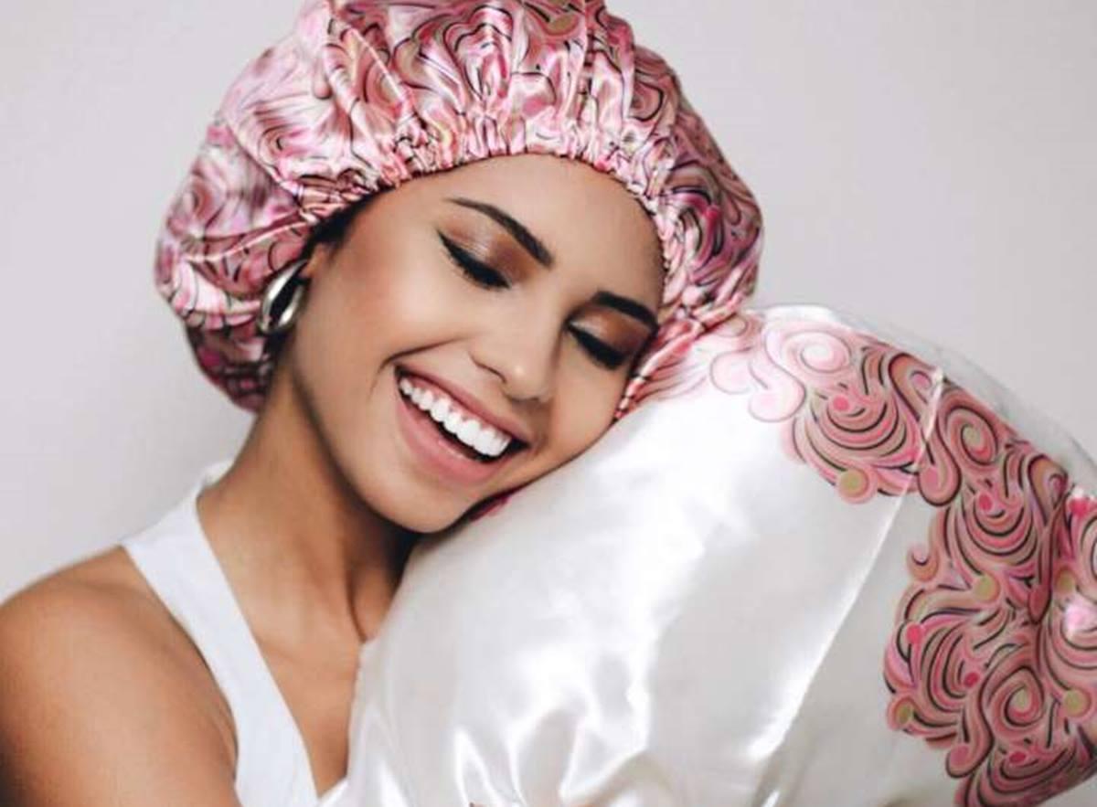 Aprenda os benefícios e como usar a touca de cetim - Faça em casa!