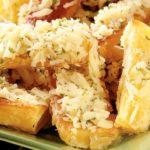 Aprenda quatro receitas de mandioca assadas fáceis e deliciosas