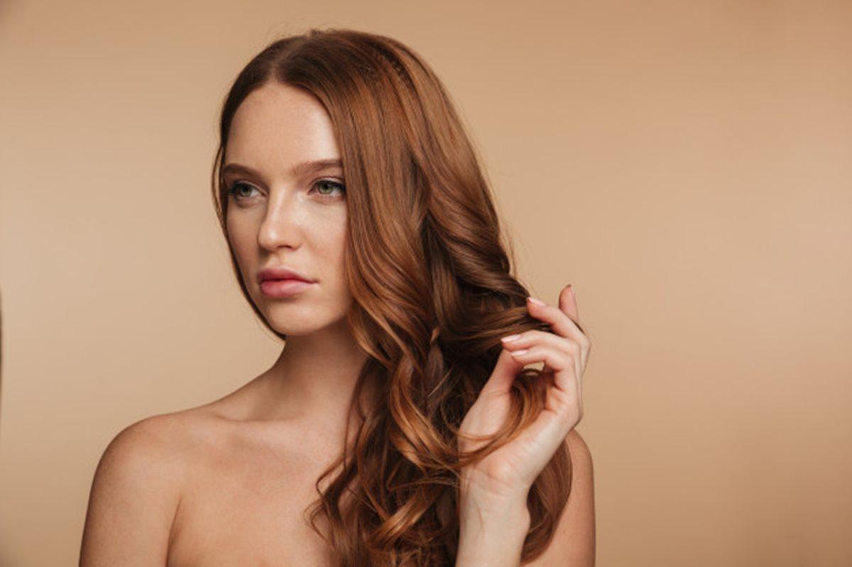 Como fazer nutrição caseira no cabelo e a importância desse tratamento