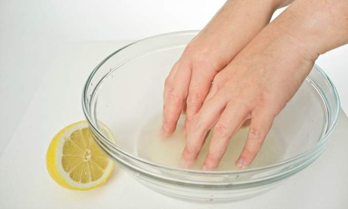 Unhas grossas e amareladas: Causas e tratamentos caseiros eficazes
