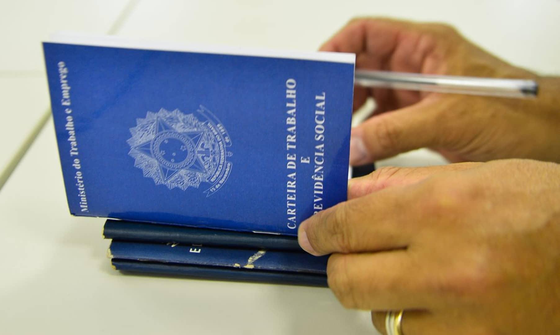 Indústria em Simões Filho abre processo seletivo com salário de R$ 2 mil