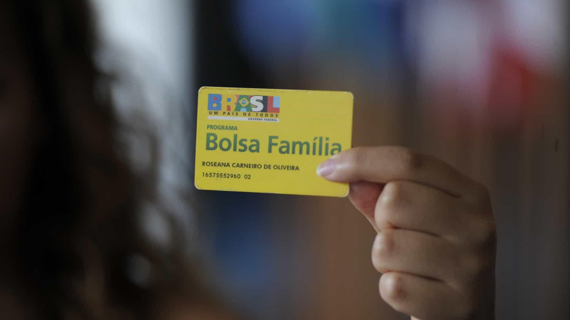 Auxílio Emergencial: Quem sãos os 700 mil do Bolsa Família que não vão receber a terceira parcela