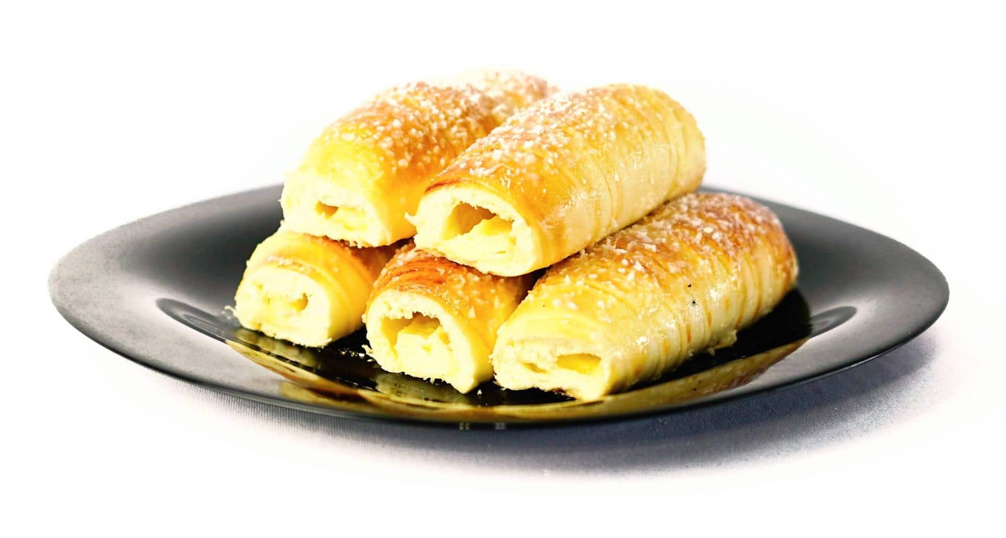 Enroladinhos de queijo: Receitas crocantes, fofinhas e fáceis