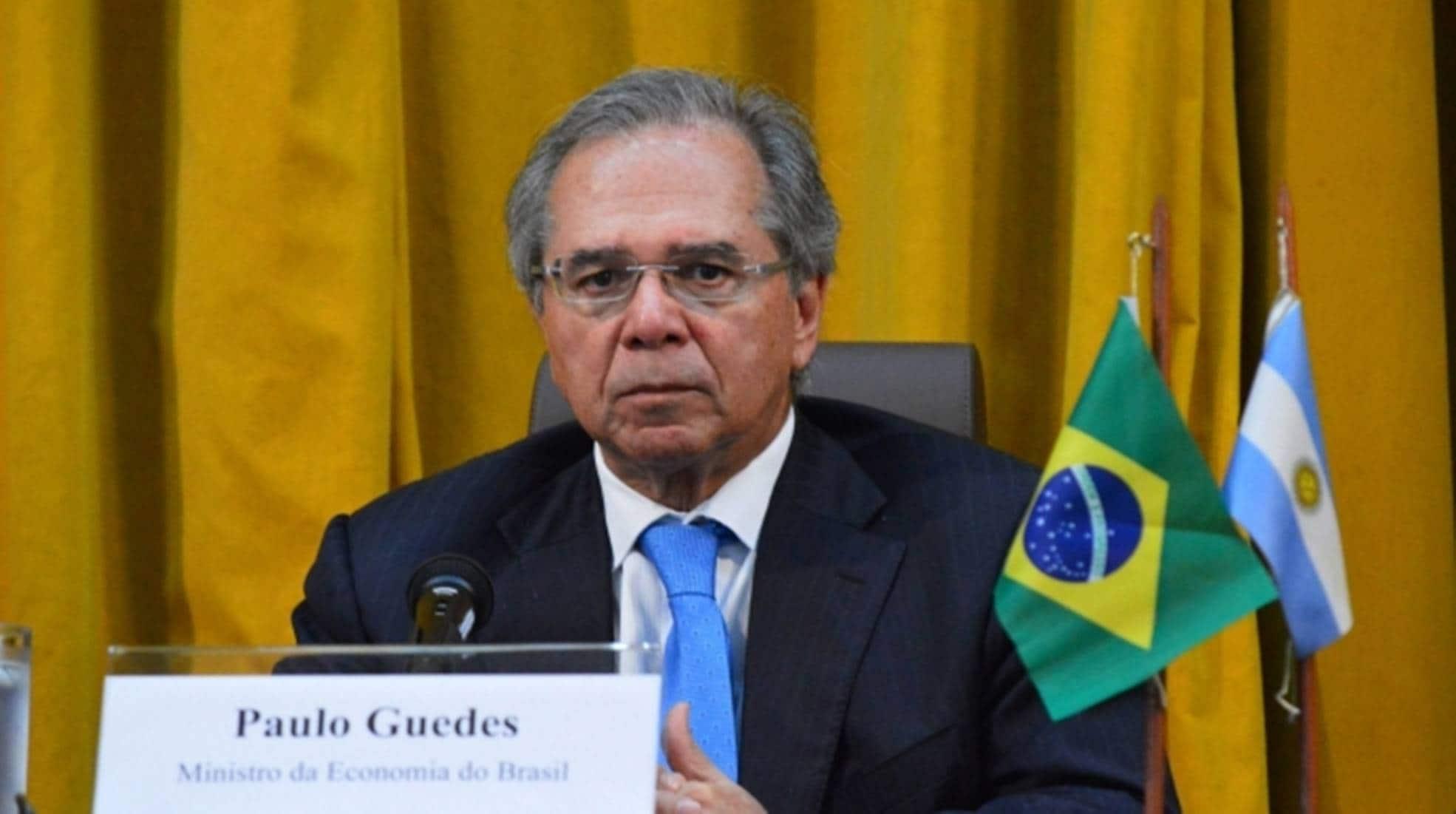 Ministro da economia dia que Renda Brasil terá valor maior que Bolsa Família