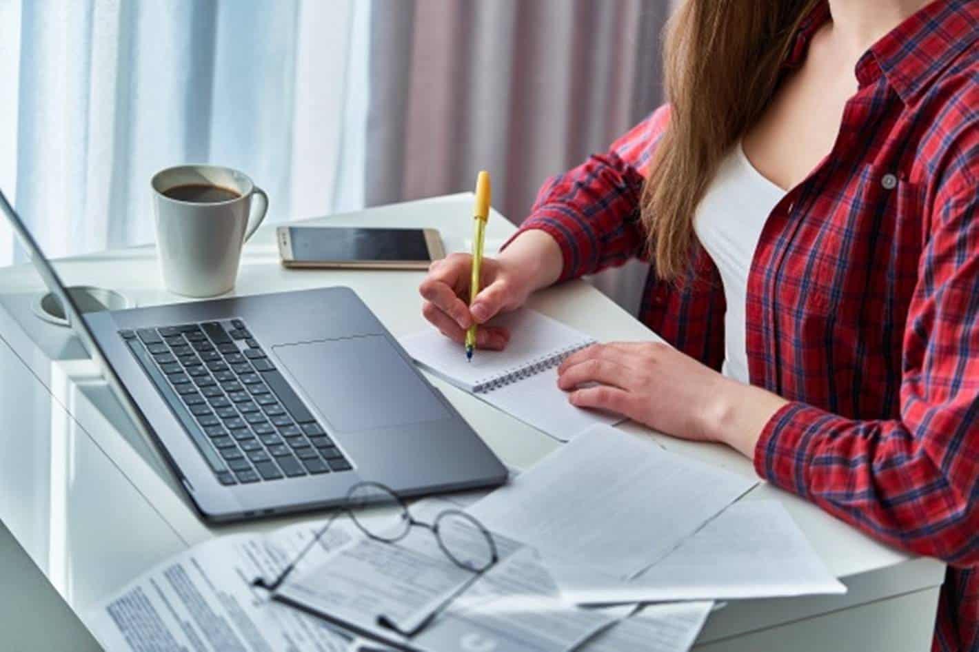 Ministério lança curso de inglês para para capacitação de profissionais