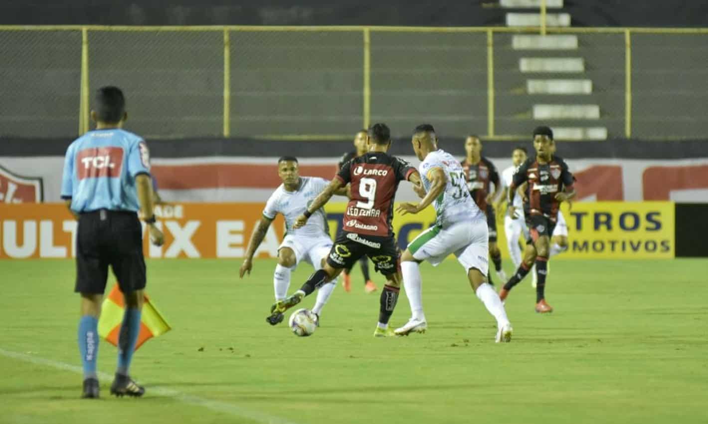 Futebol: Vitória e Guarani empatam pela Série B