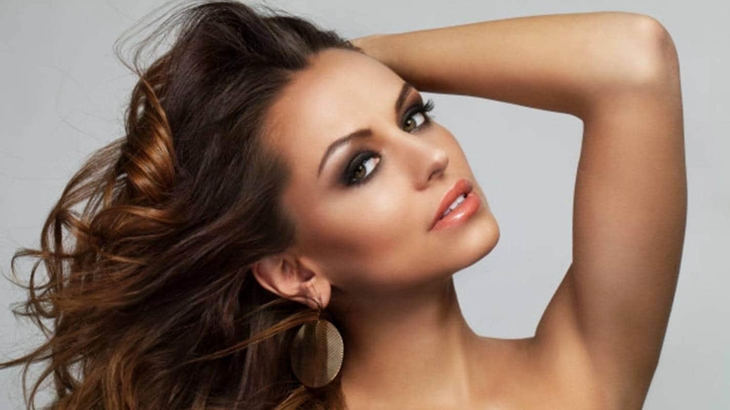 cabelo mulher cílios