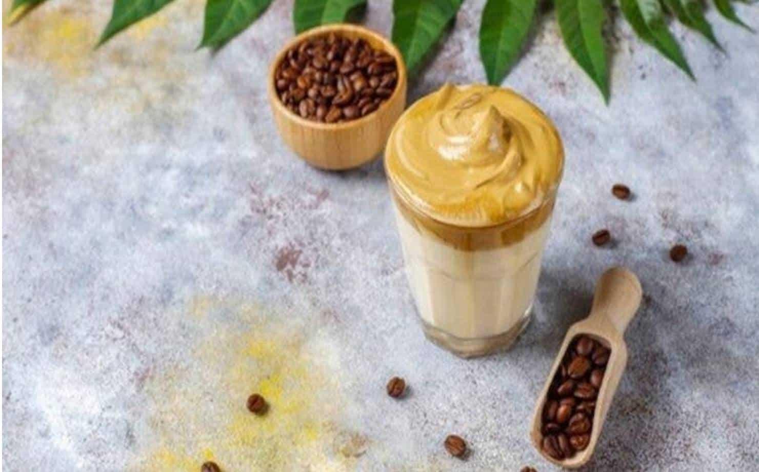 Café sucesso do Café Dalgona: veja como fazer a bebida sucesso do TikTok