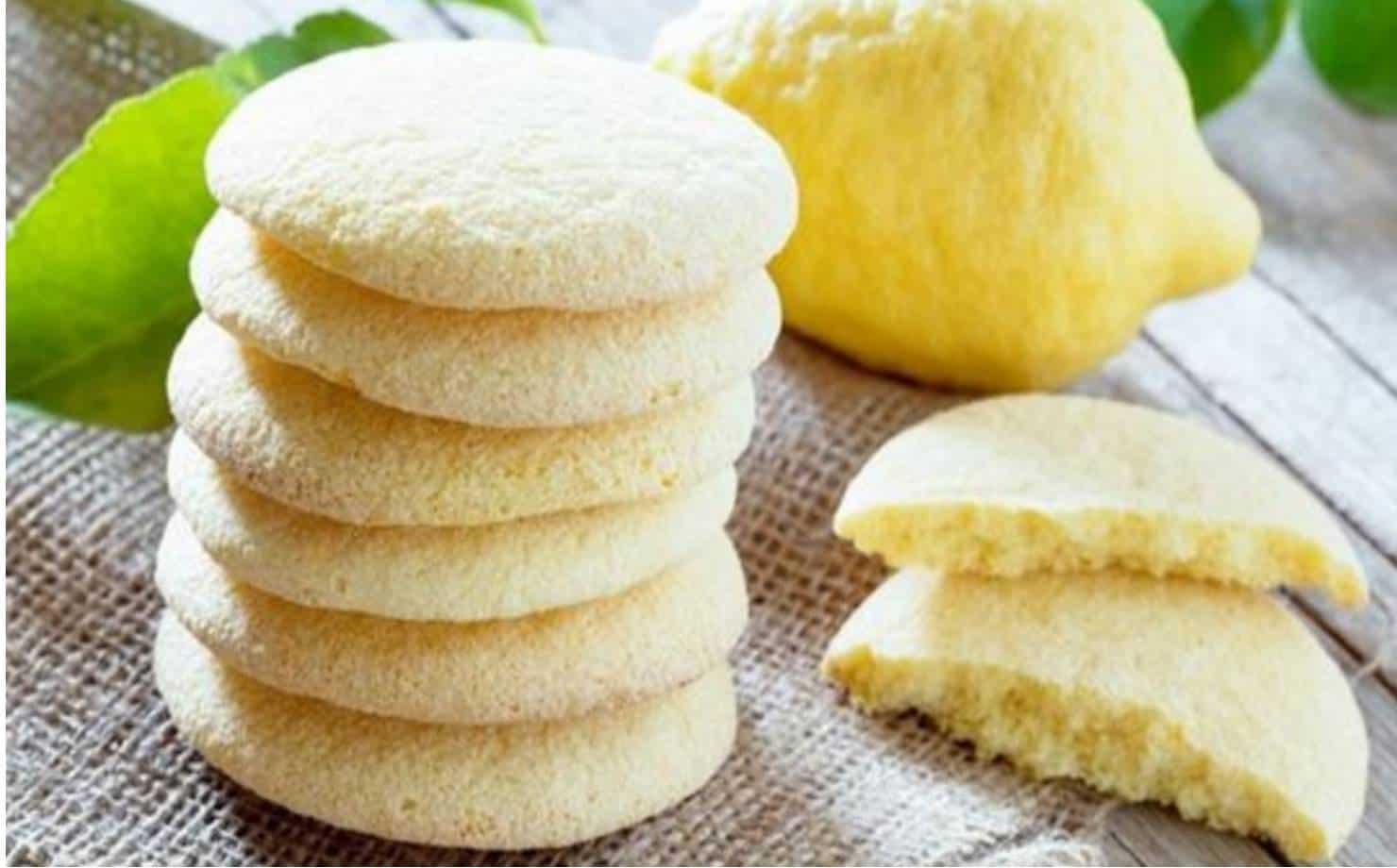 Prepare deliciosos biscoitos de limão com 4 ingredientes