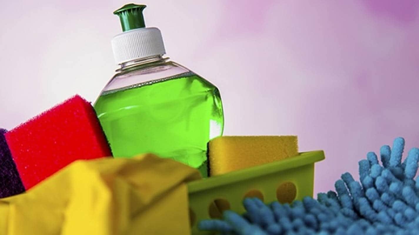 Como fazer um desinfetante natural para a pele em casa