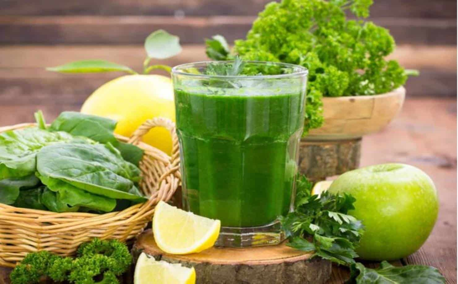 Ingredientes e suco Detox
