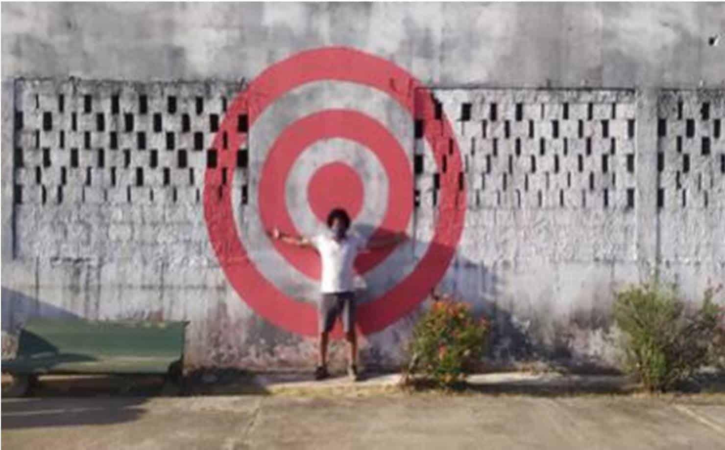 Simões Filho: artista denuncia abandono de único espaço cultural da cidade