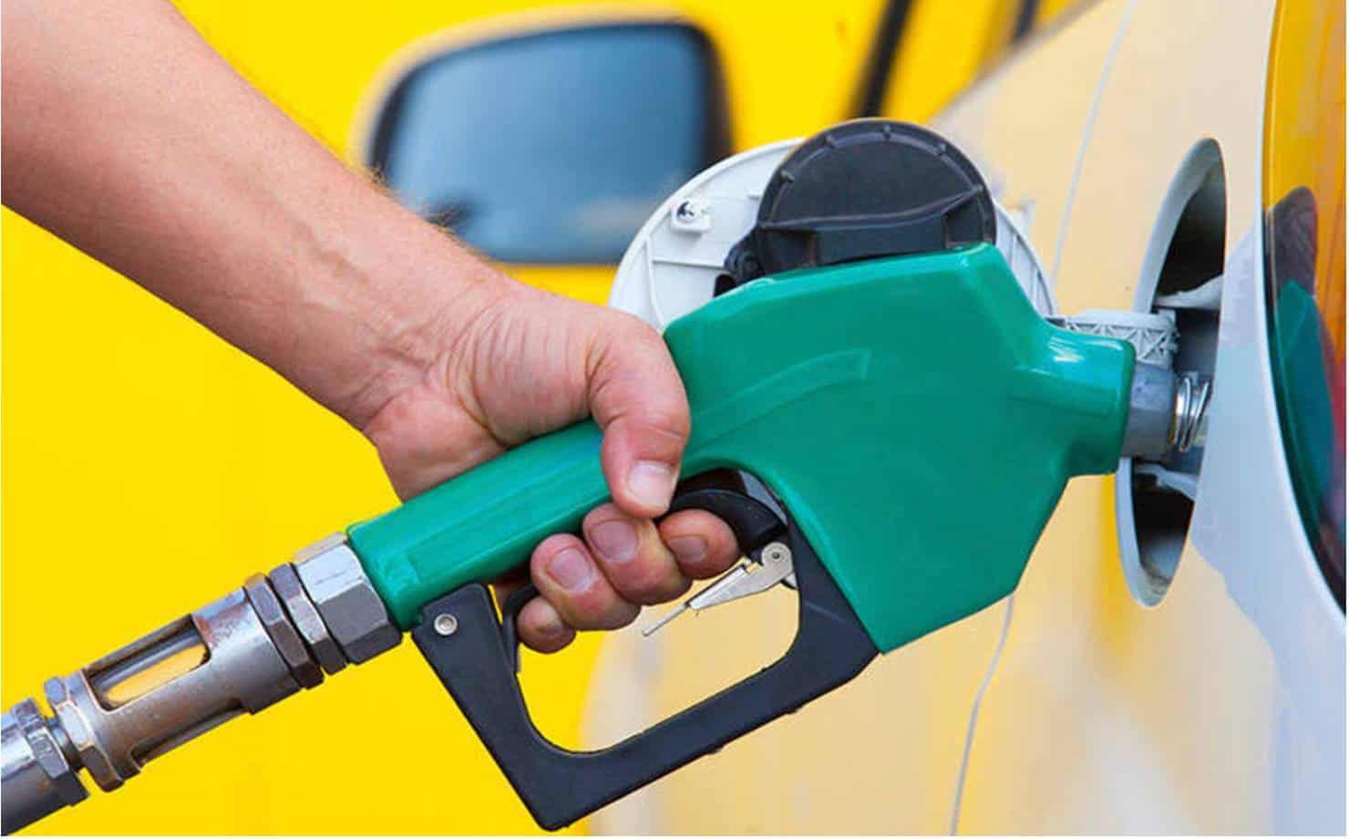 Preço da gasolina tem sexto aumento consecutivo nas refinarias