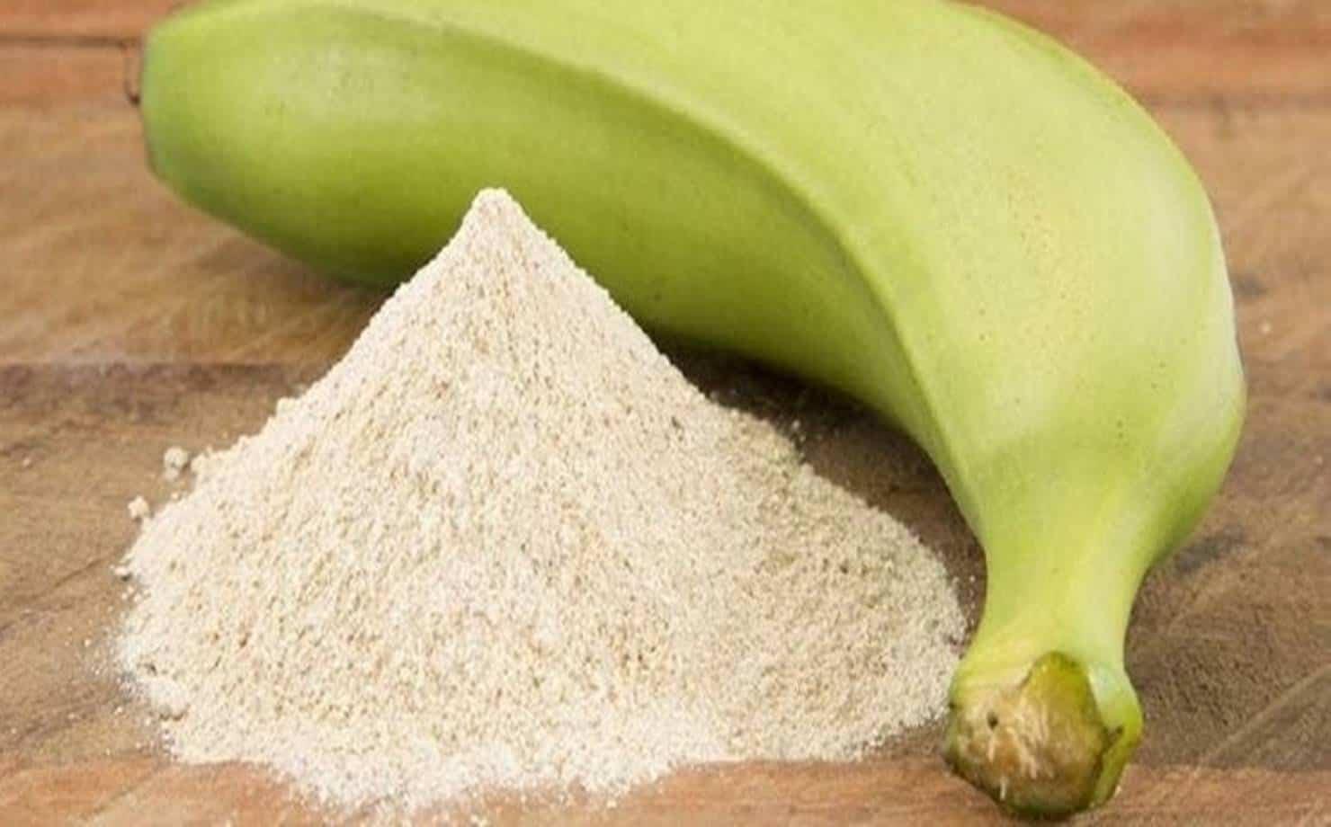 Banana Verde e Farinha de Banana Verde na Mesa