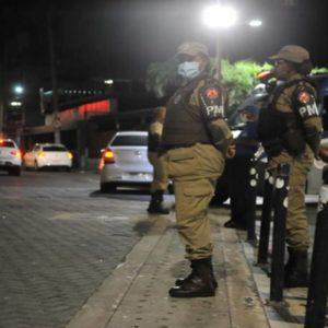 Policia Militar da Bahia na Rua