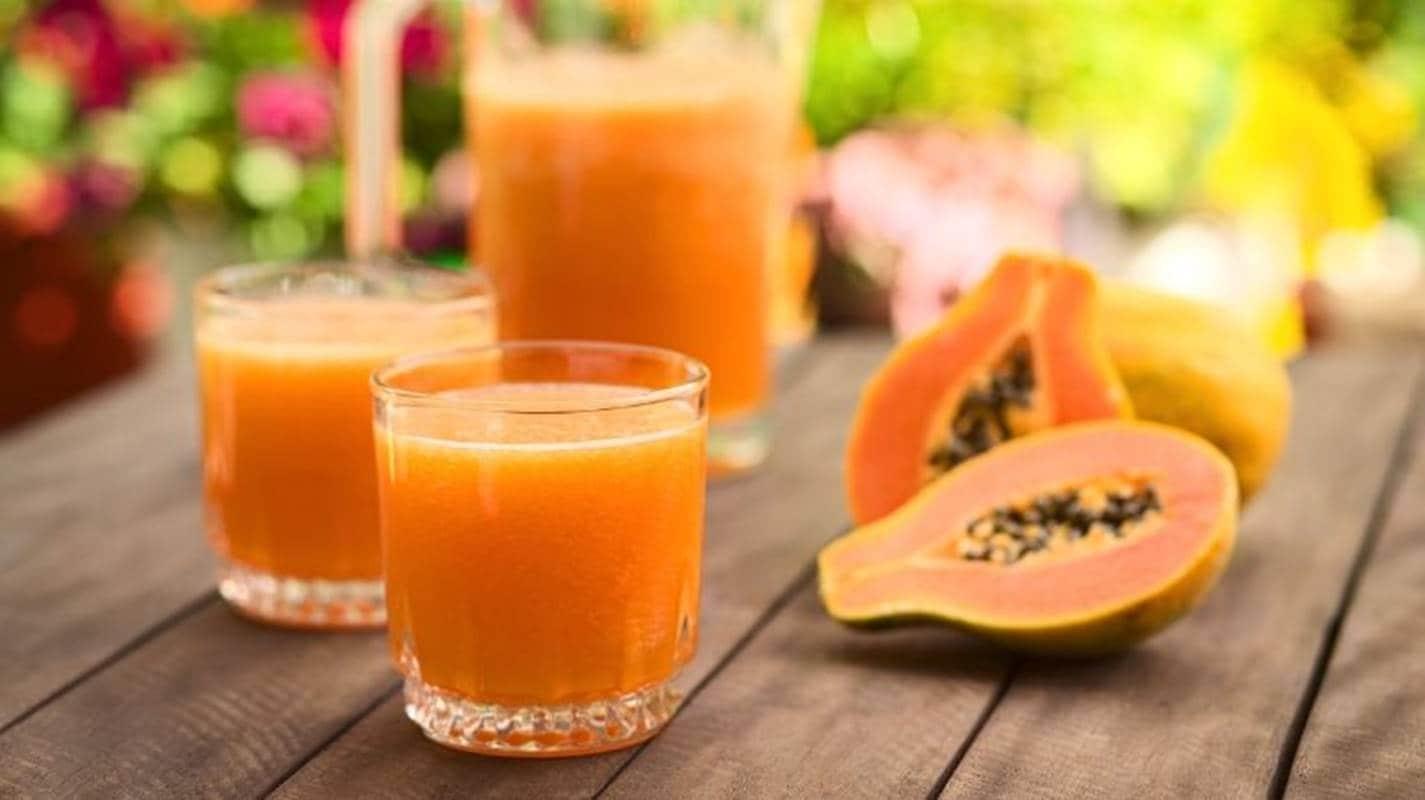 Água de mamão com limão e gengibre: Uma deliciosa opção contra indigestão