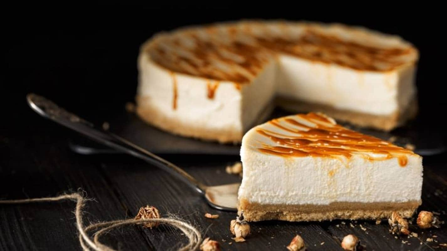 Rápido e fácil: aprenda a preparar um delicioso cheesecake sem forno