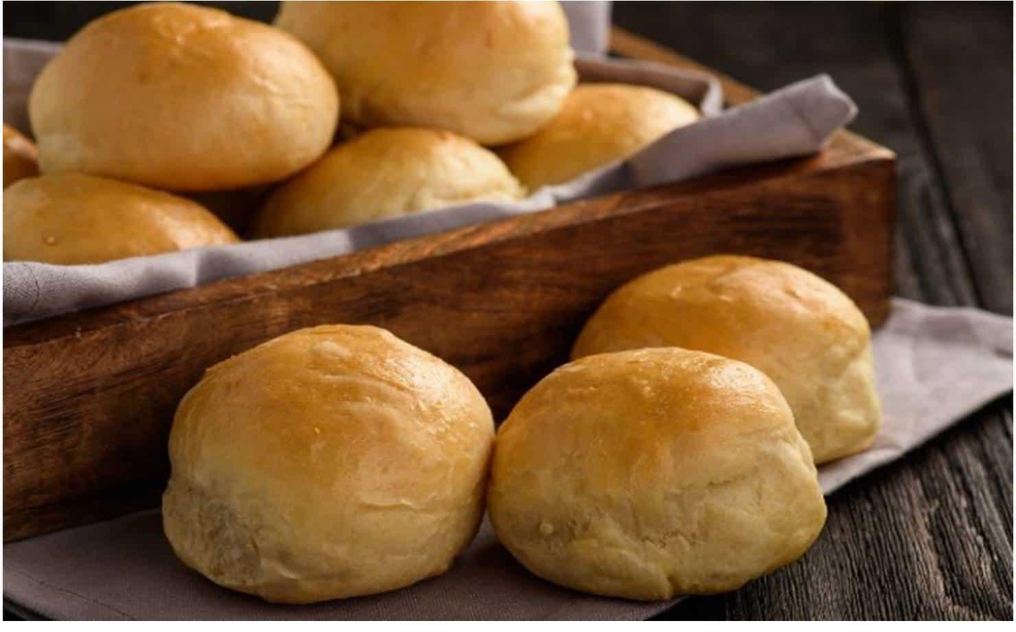 Pão de Leite no Cesto